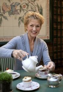 Jane Pettigrew, tea aficionado